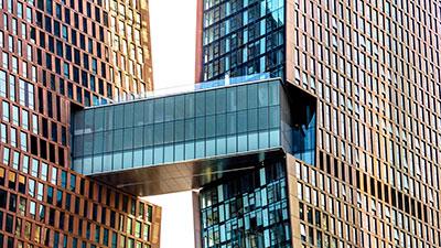 Sky Bridge der American Copper Buildings in New York.