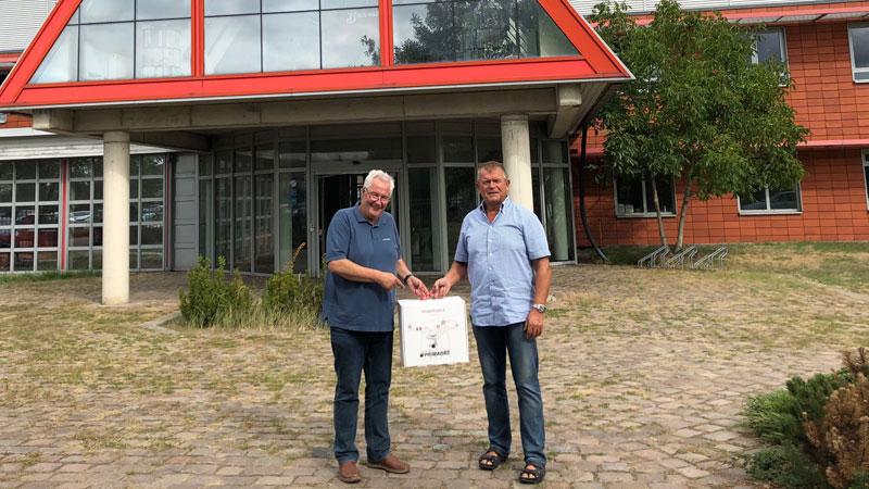 Der regionale PRIMAGAS Vertriebsingenieur Holger Pogrzeba und Architekt Victor Stimming mit Drohne DJI Phantom 3 Standard.