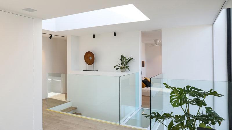 Ansicht des Raumdesigns im Concept Home des Unternehmens Renson in Belgien.